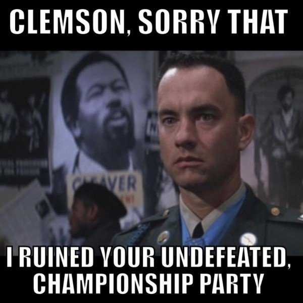 Alabama runis for Clemson