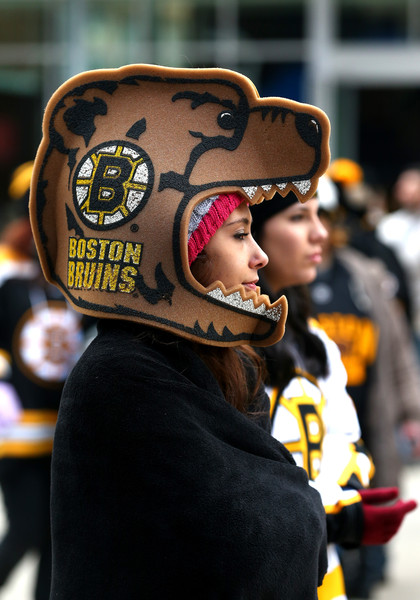 Boston Bruins Fan getting ready