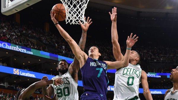 Jeremy Lin scoring on the Boston Celtics