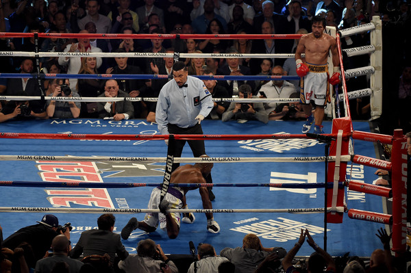 Pacquiao Bradley Knockdown