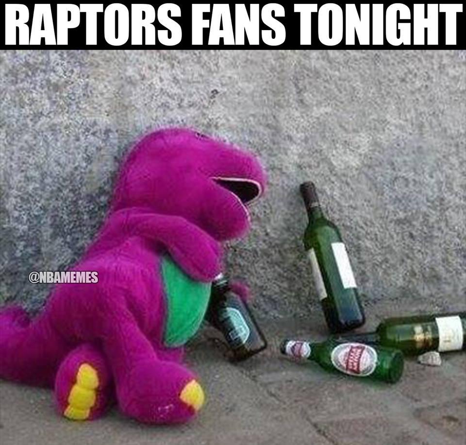 Raptors Fans drinking