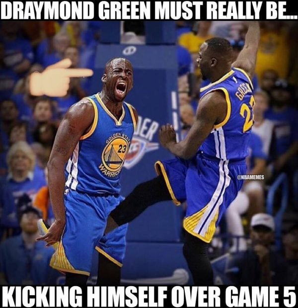 Draymond Kicking Himself