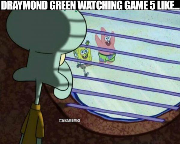 Draymond watching game 5