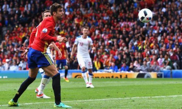 Gerard Pique Goal