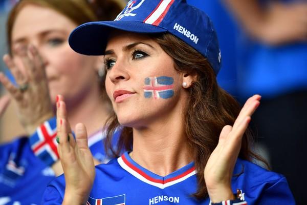 Iceland Fan Hat
