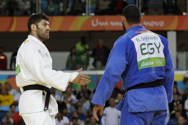 Or Sasson Islam El Shehaby Hand Shake