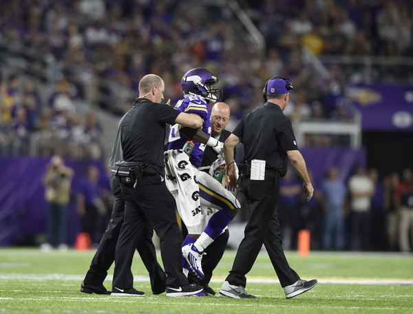 adrian-peterson-injured
