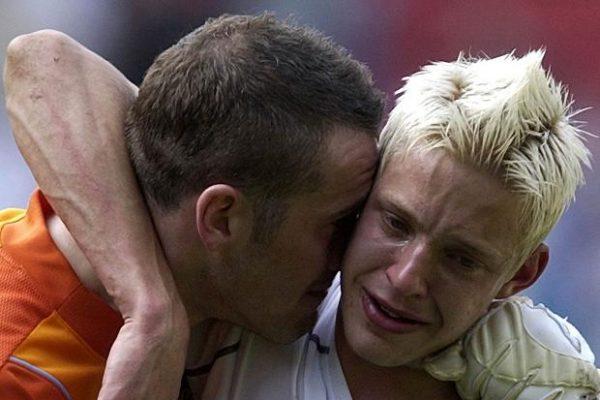 alan-smith-crying