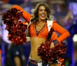 denver-broncos-cheerleader