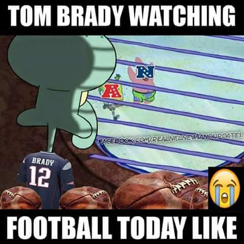 tom-brady-watching