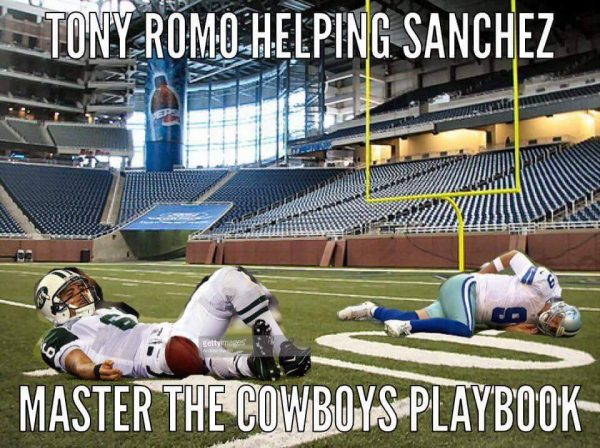 tony-romo-mark-sanchez