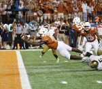 Tyrone Swoopes Touchdown Dive