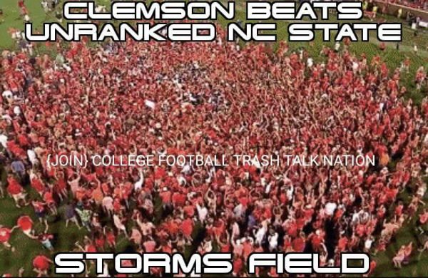 clemson-rush-the-field-losers
