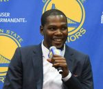 kevin-durant-a-hole