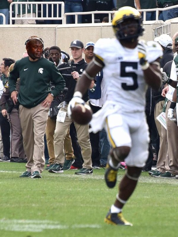 spartans-coaches-crying-jordan
