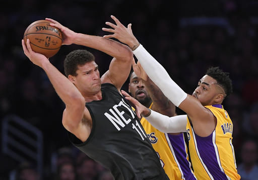 brook-lopez-double-team