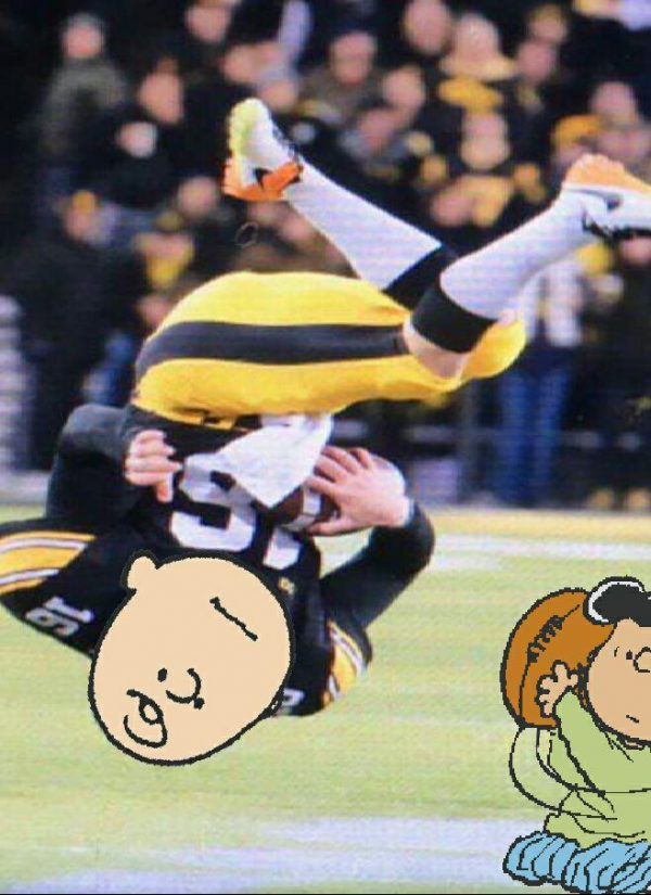 iowa-punter-charlie-brown