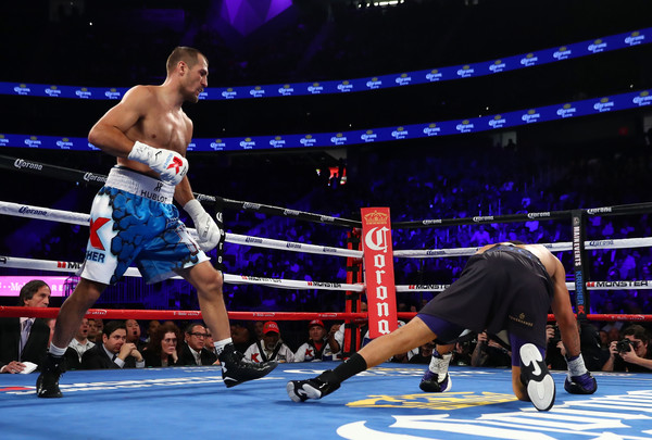 kovalev-knocks-down-ward