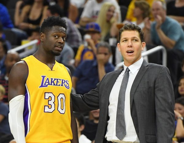 luke-walton-julius-randle