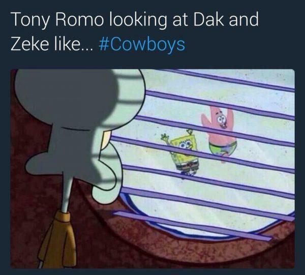 romo-looking-at-dak-zeke