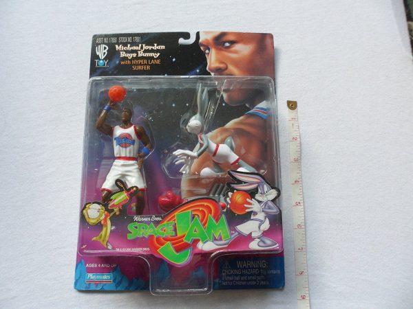 Space Jam Michael Jordan & Bugs Bunny Figures