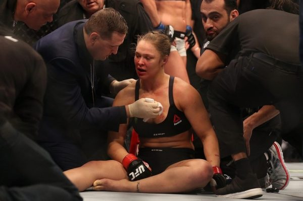 UFC 193 Rousey Knocked Out