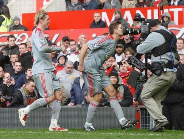Steven Gerrard Camera Kiss