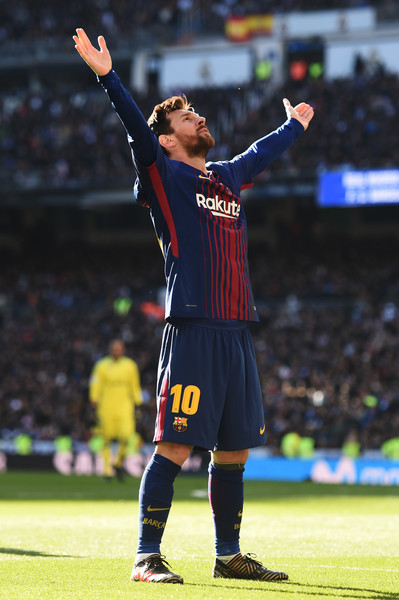 Messi Gloats at the Bernabeu