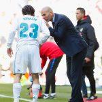 Zidane Instructing Kovacic