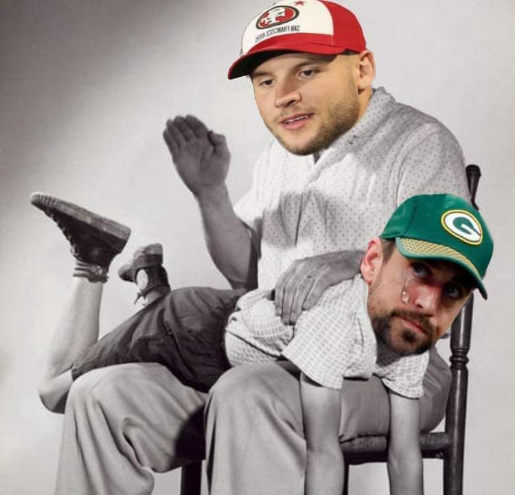 This image has an empty alt attribute; its file name is aaron-rodgets-packers-meme.png