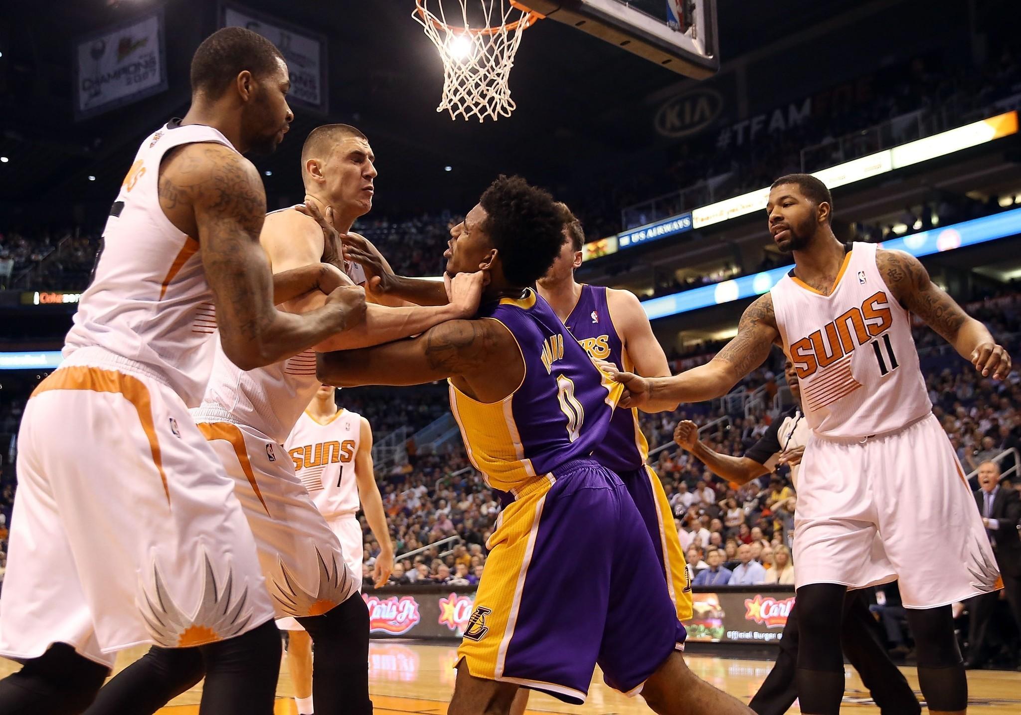 NIck Young vs Suns